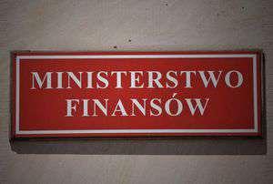 Prowizja za wypłaty za bankomatów – nowy projekt Ministerstwa Finansów