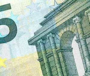 Jest decyzja sądu. Bank nie może ustalać spreadu w kredycie walutowym