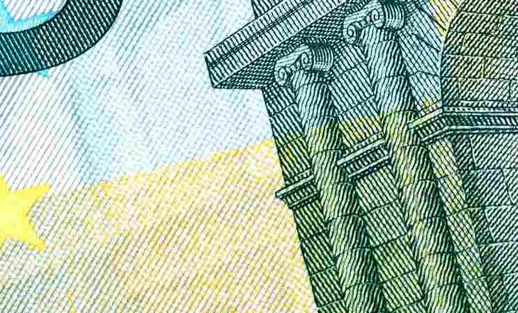 Rzecznik finansowy: Banki nie mogą pobierać wynagrodzenia za korzystanie z kapitału