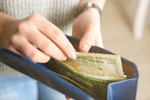 Kredyty gotówkowe – które parametry warto porównać?