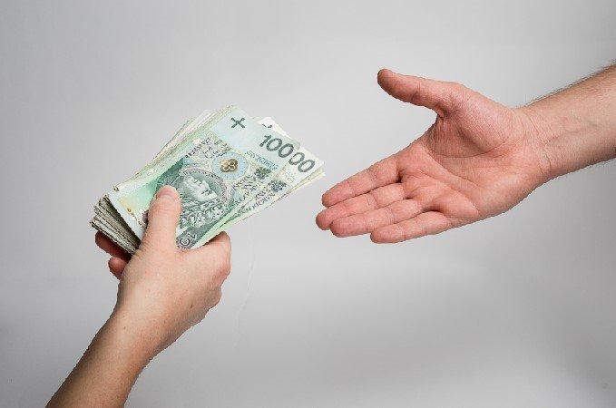 Kredyt konsolidacyjny – prosty sposób na wyjście z długów