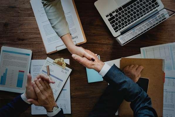 Kredyt bez zaświadczeń i pożyczka bez zaświadczeń – co lepsze?