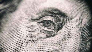 Co robić, gdy bank zablokuje pieniądze na koncie?