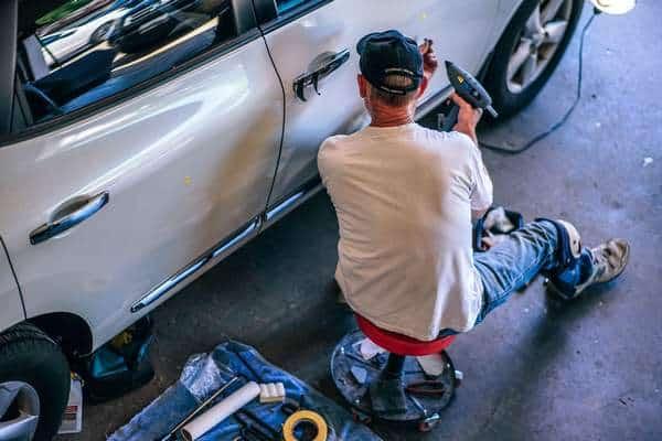 Jak szybko ubezpieczyciel musi naprawić uszkodzone auto?
