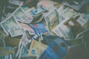 Polacy pobili rekord w wartości zaciągniętych kredytów